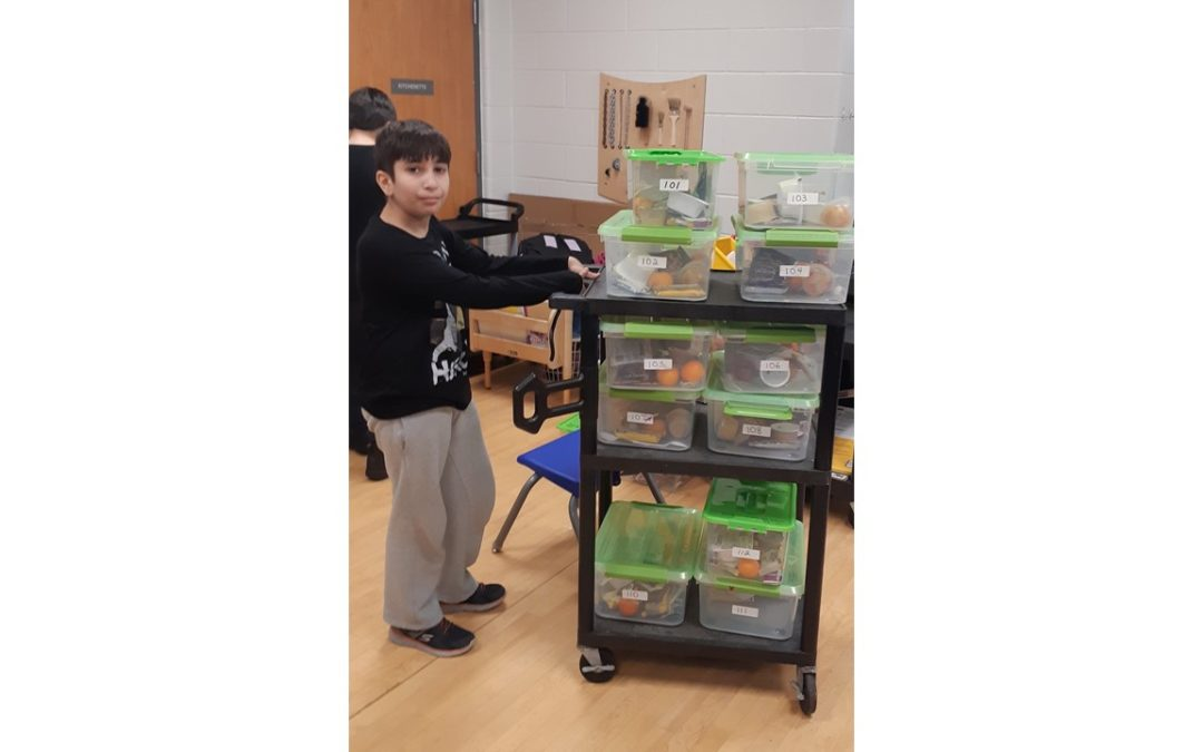 Oodenawi student volunteers – make sure all 1100 students have access to healthy food in their classrooms!